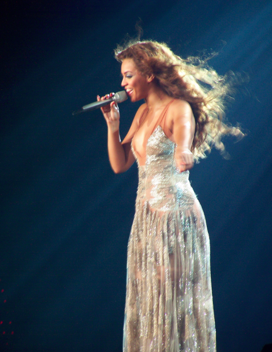 Beyonce Knowles to Perform Super Bowl 50 in 2016